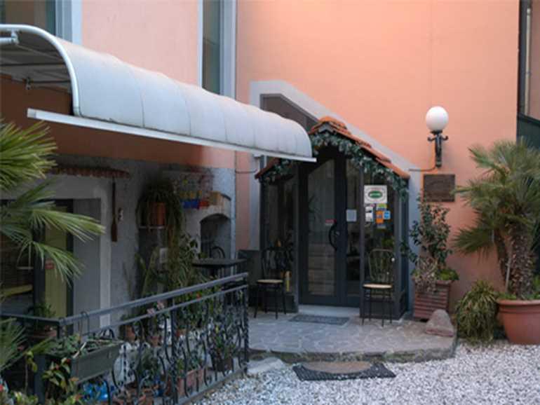 Hotel La Villetta Sarzana